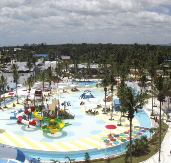 Wave Pool and Surf Machine